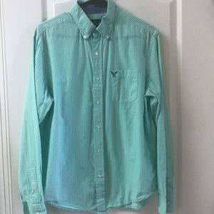American Eagle green stripe button down shirt med